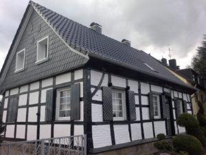 Dachdeckerarbeiten rund ums Dach und Fassade in Oberhausen